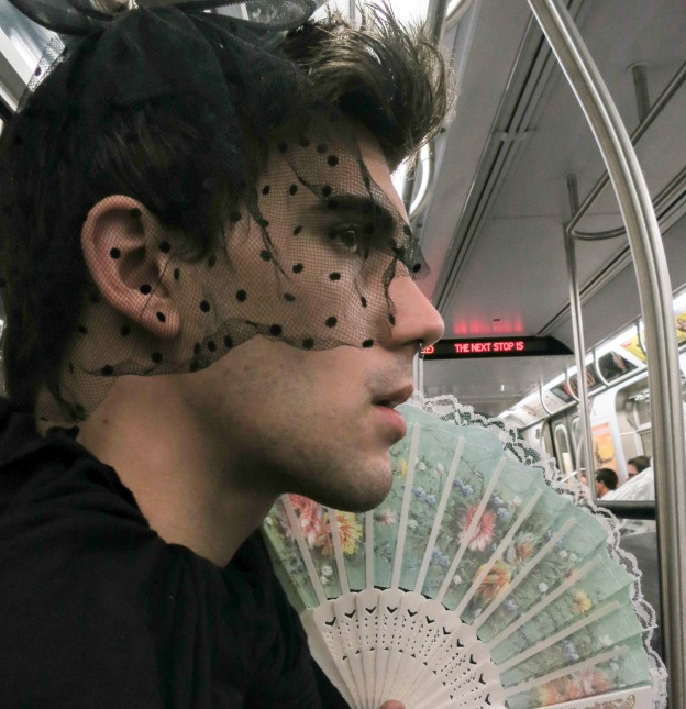 Subway lace and fan